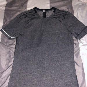 Men's Lululemon Short-Sleeve Shirt